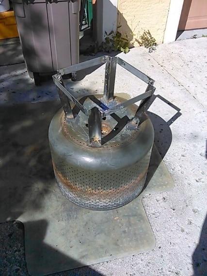 Aggiunge le barre in metallo al cestello