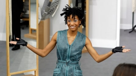 Willow Smith: la bellezza androgina della teen star spopola alle sfilate di Parigi
