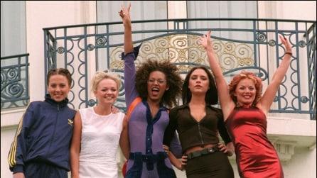 Le Spice Girls compiono 20 anni: le foto iconiche della prima girlband della storia