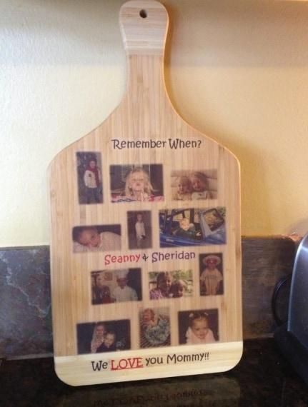 Un bel collage con immagini di famiglia: un'altra bella decorazione da cucina.