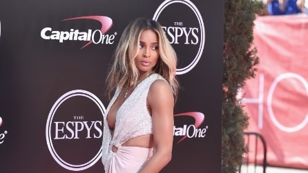 Il look sexy di Ciara agli Epsy Awards