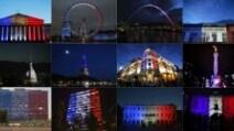 Attentato Nizza, i monumenti nel mondo illuminati con i colori della bandiera francese