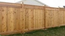 È solo una semplice recinzione: il modo in cui la trasformano è straordinario