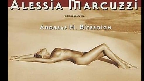Calendario Di Alessia Marcuzzi.Il Calendario Hot 1998 Di Alessia Marcuzzi