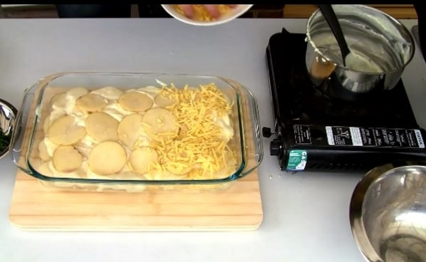 Versate sopra del formaggio