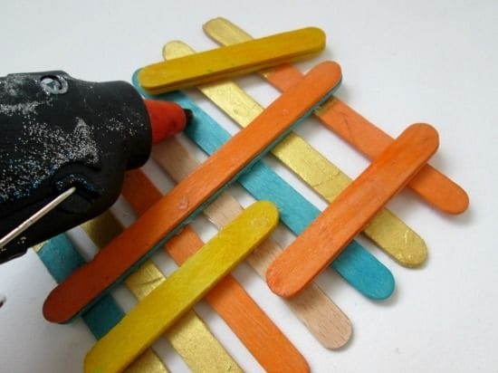 Sovrapponiamo i bastoncini di diversa lunghezza.