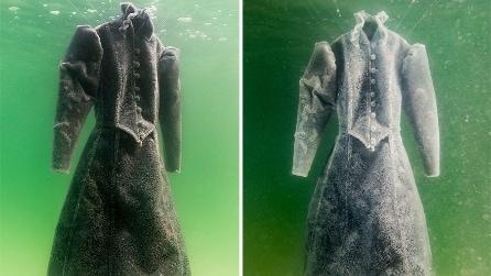 Artista immerge un abito per due anni nel Mar Morto: ecco come lo ritrova