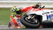 MotoGp Silverstone, Iannone cade in gara