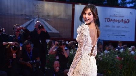 Raccolto spettinato: i look delle star sul red carpet di Venezia