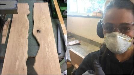 Trasforma del legno grezzo in un regalo per il suo fidanzato: il risultato vi stupirà