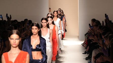 La collezione presentata alla New York Fashion Week da Victoria Beckham