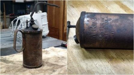 Prende una vecchia tanica per olio e la trasforma: il risultato è sorprendente
