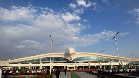 All'interno del nuovo aeroporto da record del Turkmenistan
