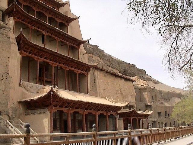 https://commons.wikimedia.org/wiki/File:Mogao_Caves.jpg