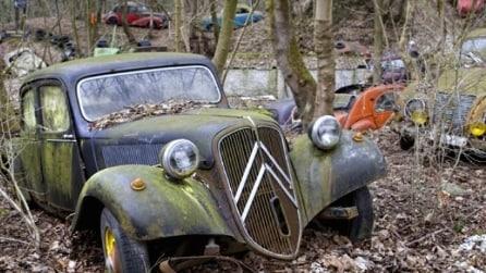 All'interno del cimitero di auto abbandonate più prezioso al mondo