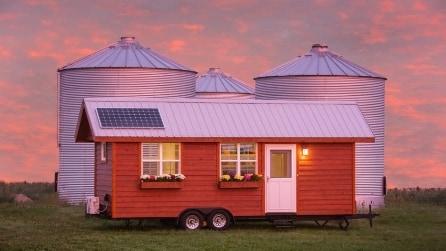 Una mini-fattoria mobile dotata di ogni comfort: gli interni sono spettacolari
