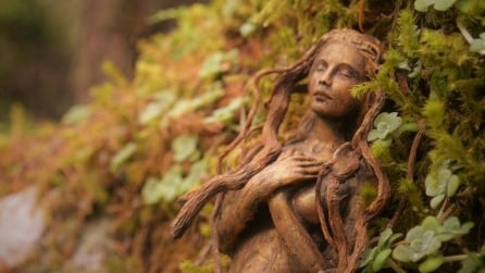 Da radici di alberi ad incredibili sculture: l'arte di Debra Bernier