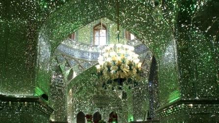Sembra una moschea ordinaria ma gli interni vi incanteranno