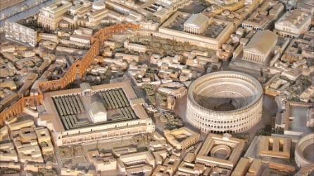 Foto del Colosseo, dall'Antica Roma ad oggi