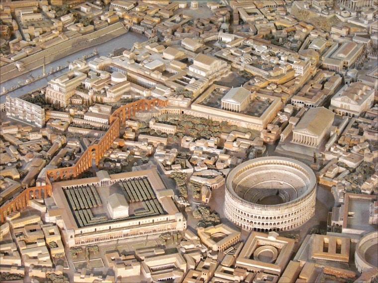 Ricostruzione della Capitale dell'Impero al tempo di Costantino (306-337 d.c.) condotta da Italo Gismondi tra il 1933 e il 1937. Foto di Jean-Pierre Dalbéra: https://www.flickr.com/photos/dalbera/5840455090