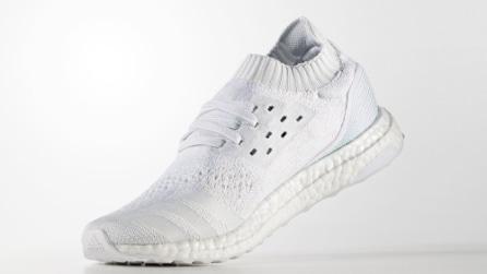 Le scarpe Adidas realizzate con la plastica riciclata