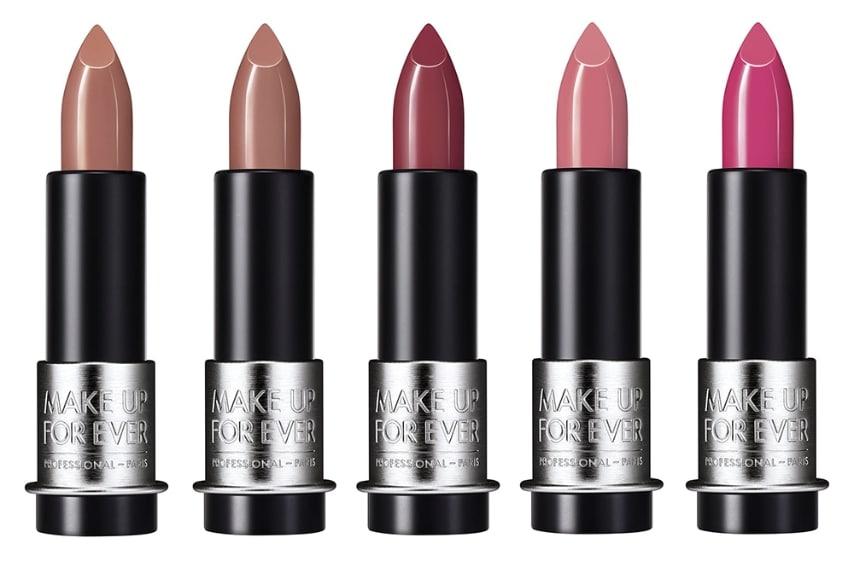 M100 - nude beige; M101 - marroncino; M102 - rosa carne scuro; M200 - rosa delicato; M201 - rosa barbie.