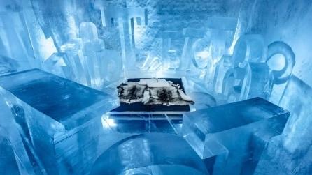 All'interno dell'hotel di ghiaccio che dura tutto l'anno