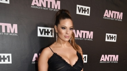 Il look di Ashley Graham per la première di America's Next Top Model