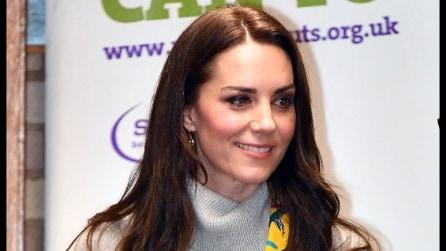 Il look casual di Kate Middleton per l'incontro con gli scout
