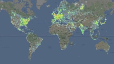 La mappa del'inquinamento luminoso di tutto il mondo: al primo posto Europa e meta USA