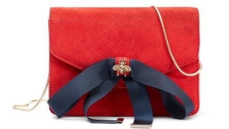 A Natale scegli il rosso! Abiti ed accessori per le feste