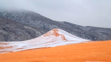 Il deserto del Sahara ricoperto di neve: record di fiocchi