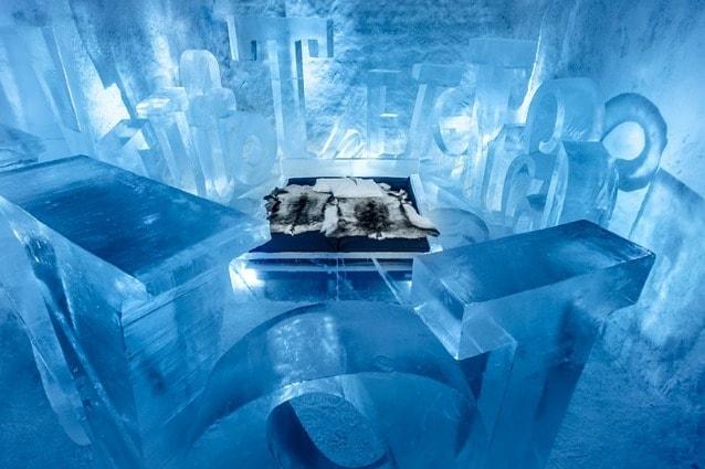 La novità di quest'anno è l'Icehotel 365 che sorge adiacente all'Icehotel ma non si scioglie mai.