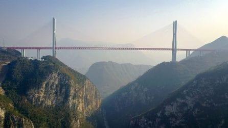 Sul ponte più alto del mondo
