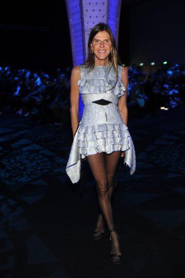 Anna Dello Russo alla sfilata di Versace