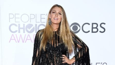 Il look scintillante di Blake Lively ai People's Choice Awards