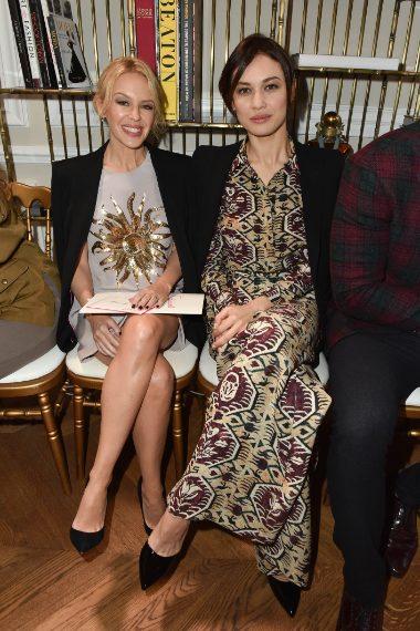 Kylie Minogue e Olga Kurylenko alla sfilata di Schiaparelli