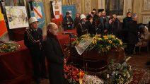 Napoli, i funerali di Gerardo Marotta