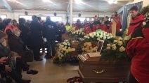 Elicottero precipitato, i funerali a L'Aquila degli operatori del 118