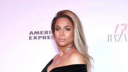 Ciara mostra il pancione sul red carpet