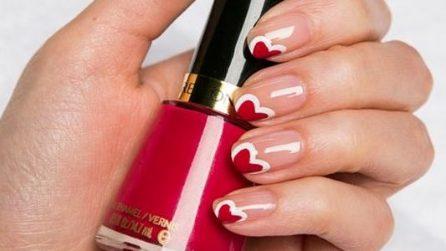 Double heart manicure per San Valentino
