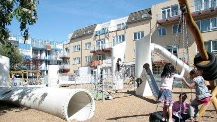 Da pale eoliche in disuso a parco giochi: all'interno del wikado playground di Rotterdam