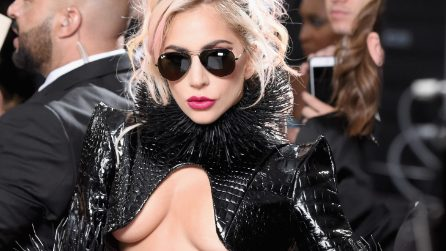 Il nude look di Lady Gaga ai Grammy Awards 2017