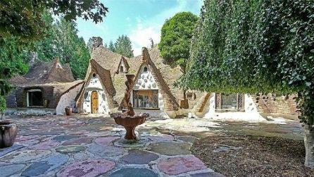 La casa di Biancaneve e i sette nani è in vendita