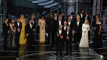 Oscar 2017, La La Land proclamato vincitore per sbaglio: trionfa Moonlight