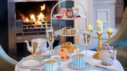 """Il tè delle 5 p.m. con """"La Bella e la Bestia"""""""