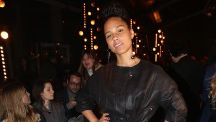Alicia Keys senza trucco alle sfilate parigine