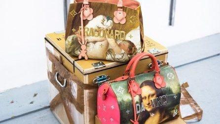 La collezione di borse Louis Vuitton decorata con le opere di Jeff Koons