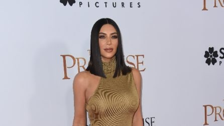 Kim Kardashian indossa l'abito vintage Versace