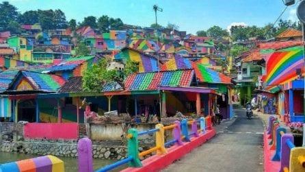 Nel villaggio arcobaleno di Kampung Pelangi